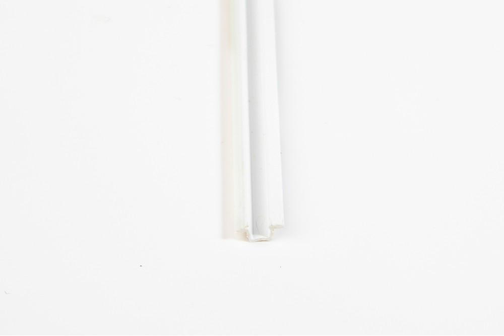 Bėgelis PLAST 2.5 m BALTAS